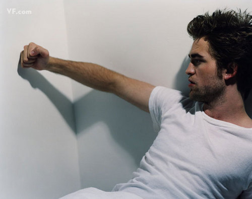 Robert Pattinson- vanity fair photoshoot