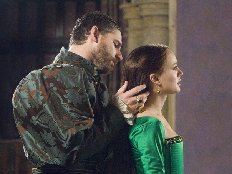"""the other boleyn girl More slog than romp, """"the other boleyn girl"""" tells the salacious story of two hot blue bloods who ran amok and partly unclothed in the court of henry viii."""