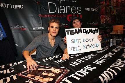 Vampire Diaries' Salvatore Brothers send a Message to Twilight's Edward Cullen