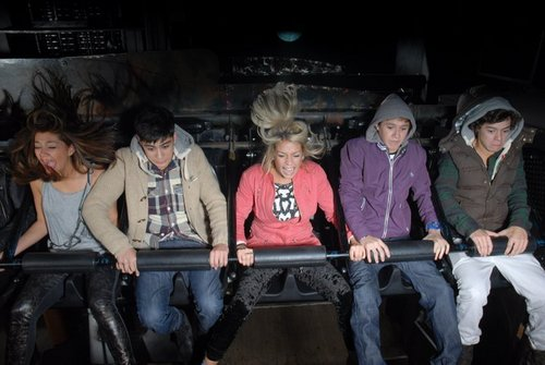 One Direction wallpaper called X Factor Finlaists Halloween Trip to London Dungeons!