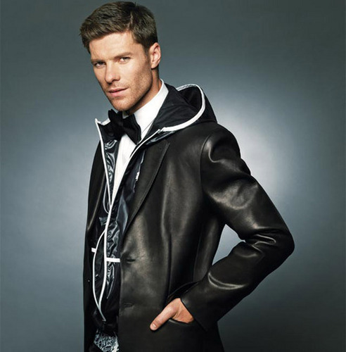 "Xabi Alonso for ""DETLUX"" Magazine 2010"