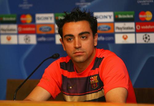 Xavi playing for Barcelona