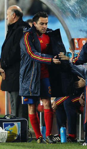 Xavi playing for Spain