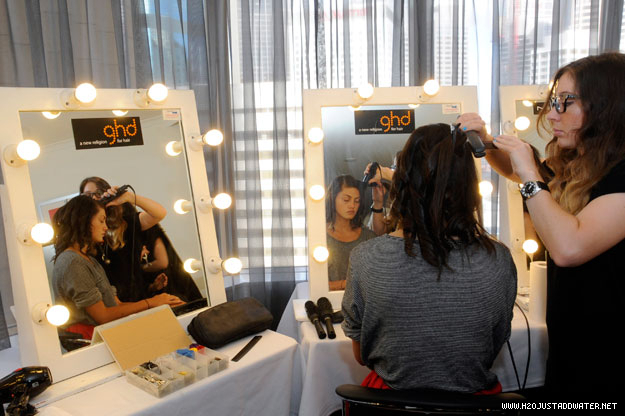 phoebe getting ready for if nominees party - h2o-just-add-water photo