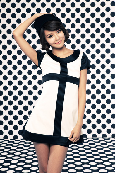 Tu top 9 de..belleza!♥ Sooyoung-Hoot-girls-generation-snsd-16543163-393-590