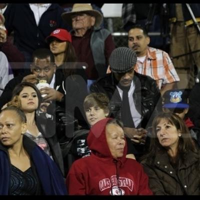 29.10 - Justin, Selena Gomez, Jaden Smith&Will Smith football match