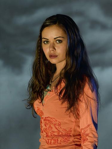 Aexis Dziena as Sunny