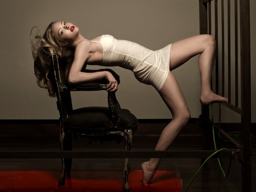 Amanda Seyfried wallpaper probably with bare legs, a leotard, and tights called AmaNda