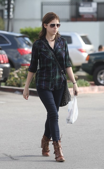 Anna Kendrick in West Hollywood, 30/10/10
