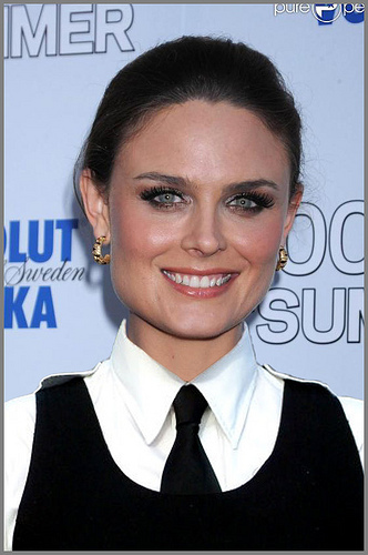 Beautiful Emily Deschanel...!♥