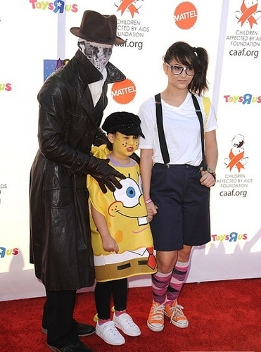 Boo Boo Stewart at 17th Annual Dream Halloween CAAF Benefit (30.10.10)