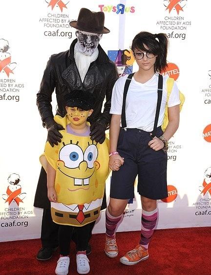 Boo Boo Stewart at 17th Annual Dream हैलोवीन CAAF Benefit (30.10.10)