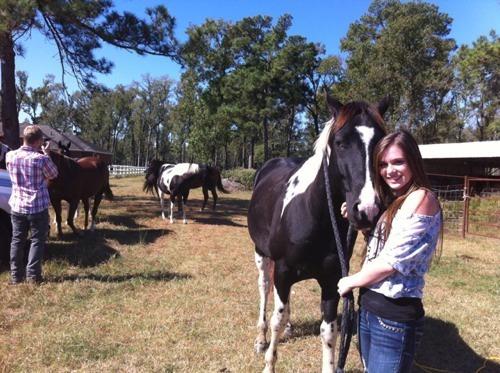Caitlin & Her Boyfriend Caught Wild Horses!<3