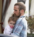 Cam Gigandet and his family 25/10/10 - twilight-series photo