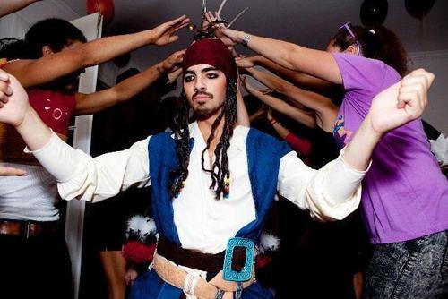 The Jonas Brothers wallpaper called Captain Jack (Joe) Sparrow!
