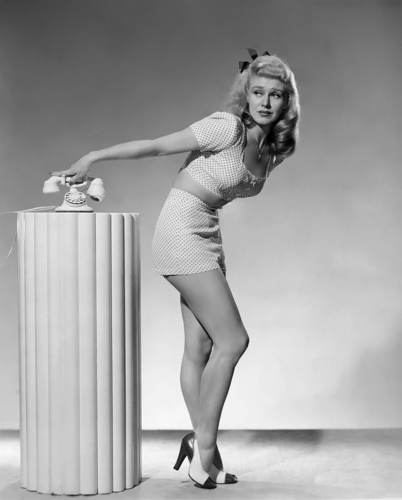 film classici wallpaper probably with a leotard, a maillot, and tights titled Ginger Rogers