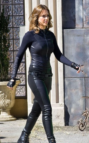 "Jessica Alba wallpaper containing a hip boot and tights entitled Jessica on set ""Spy Kids 4"""