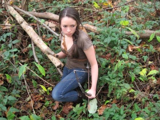 Jodelle Ferland Dresses Up As Katniss For Halloween!