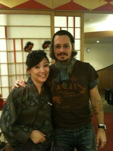 Johnny Depp+ Fã - Beninhana Restaurant LONDON