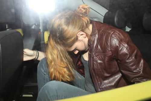 July 9, 2010 Kristen Stewart Leaves the Troubador