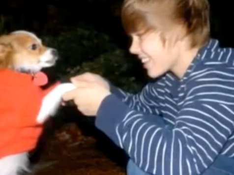 Justin Bieber and his dog with three - justin-bieber photo