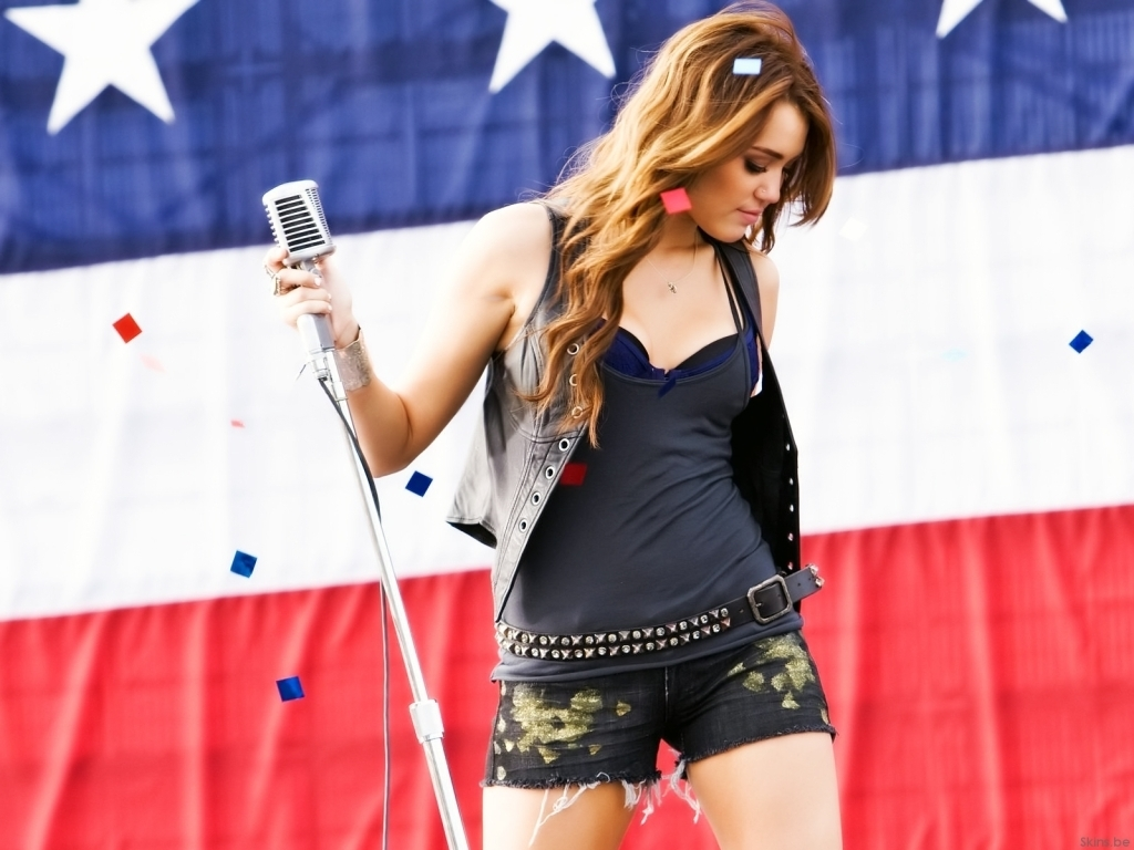 Miley Cyrus Songs Party in the USA