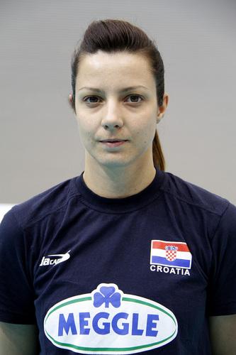 Mirela Bareš