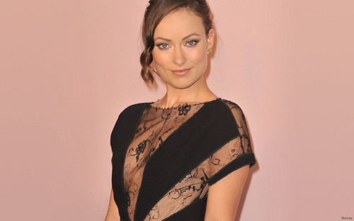 Olivia Wilde Hintergrund possibly containing a bluse and a kleidungsstück called Olivia <3