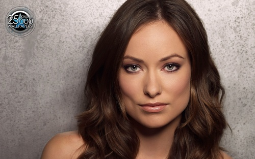 Olivia Wilde Hintergrund with a portrait entitled Olivia <3