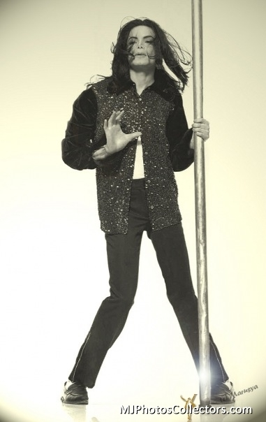 One by One!!! - michael-jackson photo