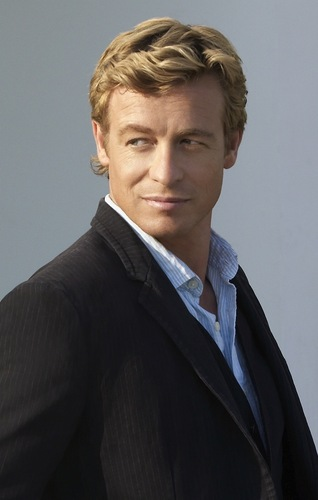 サイモン・ベイカー 壁紙 with a business suit called Simon Baker