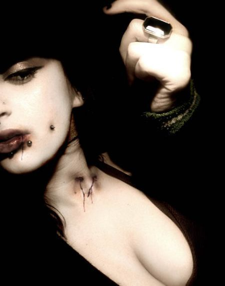 Vampire-vampires-16641685-450-573.jpg