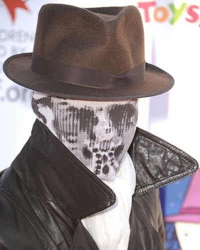 at 17th Annual Dream Halloween CAAF Benefit (30.10.10) - boo-boo-stewart Photo