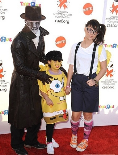 at 17th Annual Dream Halloween CAAF Benefit (30.10.10)