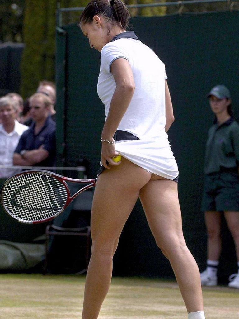 Фото под юбкой у спортсменок