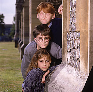 Harry Potter Фильмы Обои probably containing a гильотина called cute trio pic first год