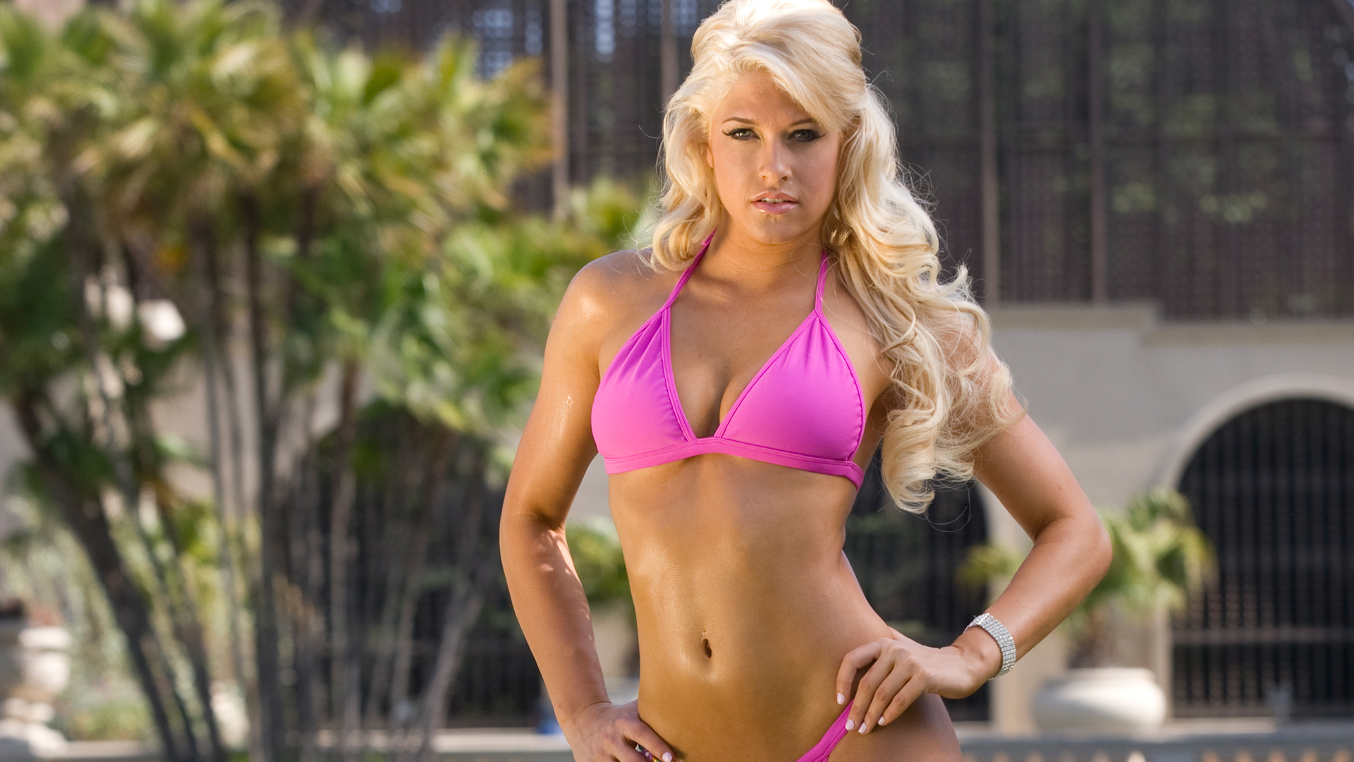 WWE Diva Kelly Kelly Hot