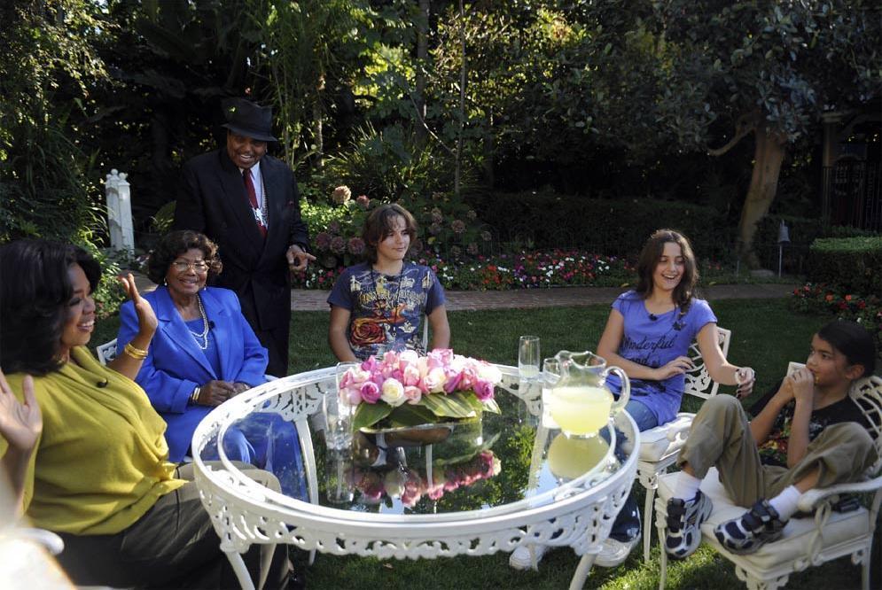 oprah with mj's children !!!!!!!!!