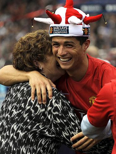 ronaldo funny embrace