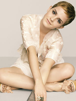 Marie Claire December 2010 - Emma Watson 300x400