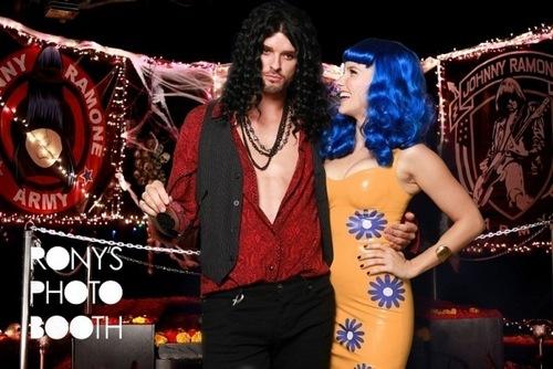 10.31.10 - Maroon 5's ハロウィン Bash