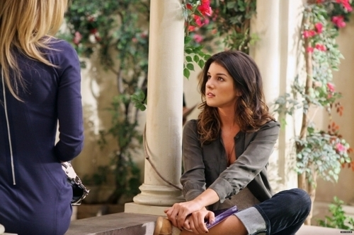 90210 - Episode 3.09 - They're Playing Her Song - Promotional Fotos