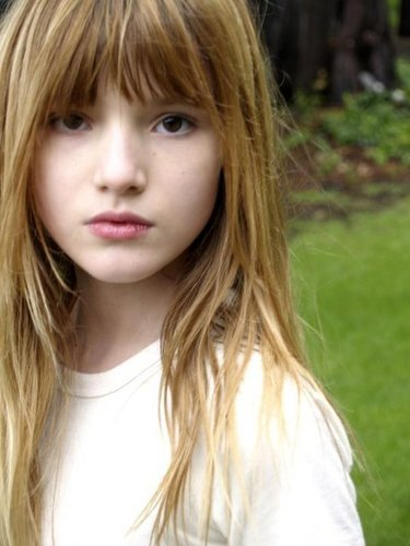 bella thorne wallpaper containing a portrait entitled AnnaBella Avery
