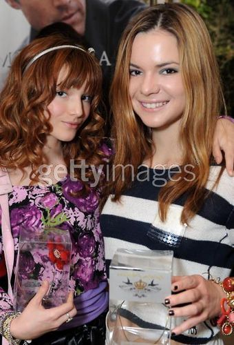 Bella Thorne images Bella & Her Sisters wallpaper and background photos
