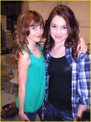 Bella& Jennifer Stone<3
