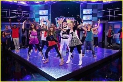 "Bella On ""Shake it Up"""
