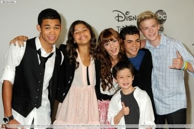 Bella& The Cast Of Disney's Shake It Up