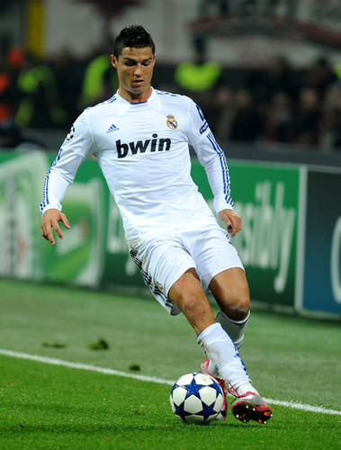 C. Ronaldo (Milan - Real Madrid)