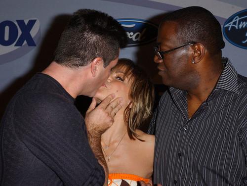 Celebrity PDA - Stars Caught baciare in Public