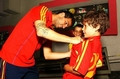 Cesc give a autograph - gerard-and-cesc photo